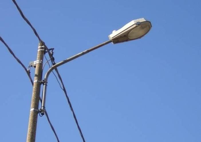 Impianti e lampade da sostituire mandello si rifà l illuminazione