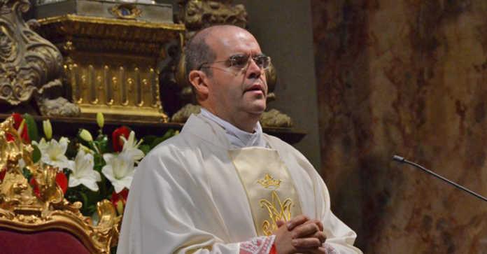 Monsignor Davide Milani prevosto di Lecco