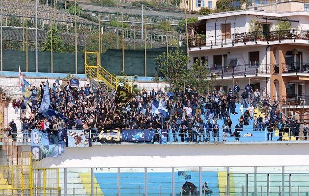 I tifosi della Calcio Lecco giunti in gran numero a Sanremo