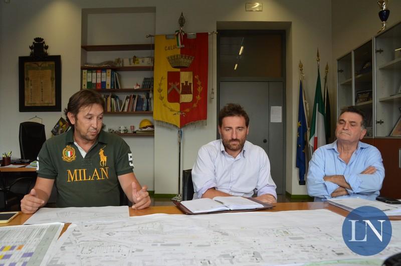 L'assessore Luca Caremi con Cesare Rossi (Anva Confesercenti) e Rino Barbieri (Fiva Confcommercio)