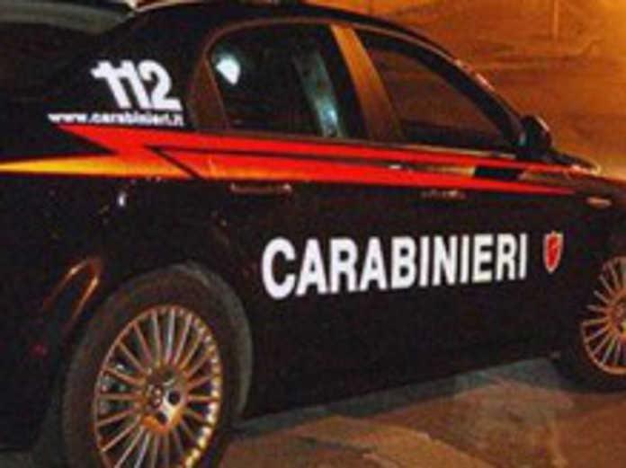 carabinieri pattuglia sera