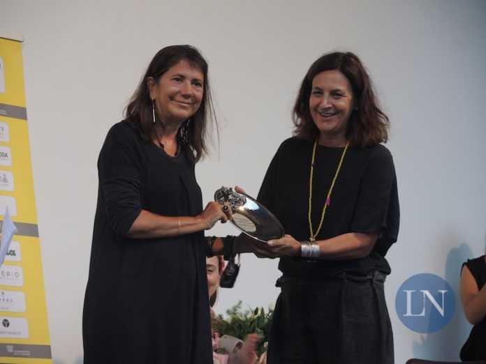 Il premio 'Donne oltre gli sche(r)mi. Lecco Film fest' ad Antonietta De Lillo