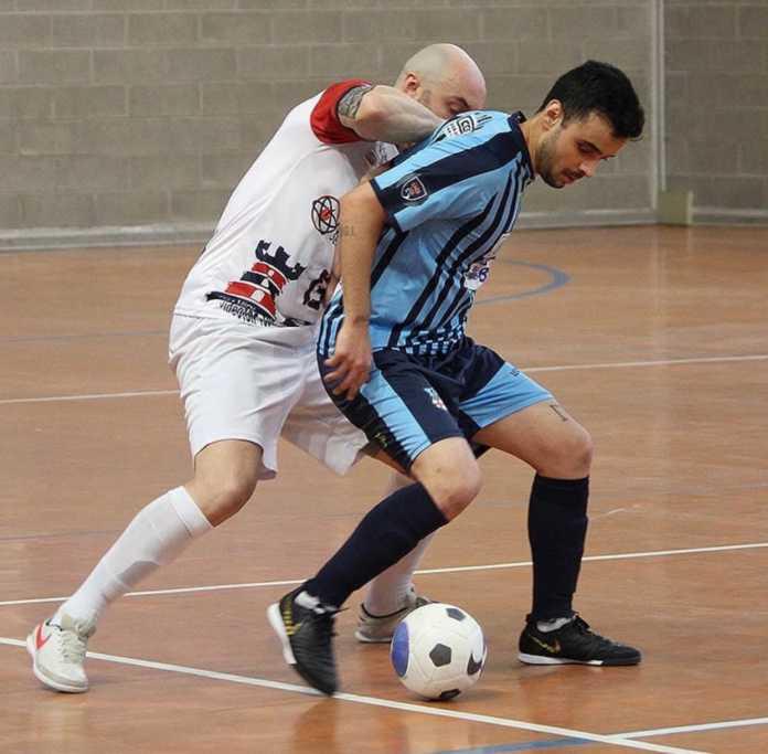 Calcio Lecco 5 Scarpetta in azione contro Crema