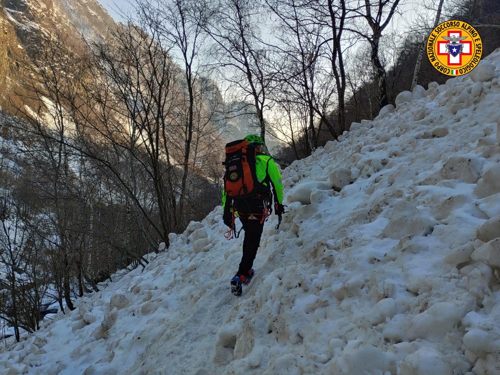Le operazioni di ricerca dell'escursionista di Carate Brianza disperso in Val Biandino