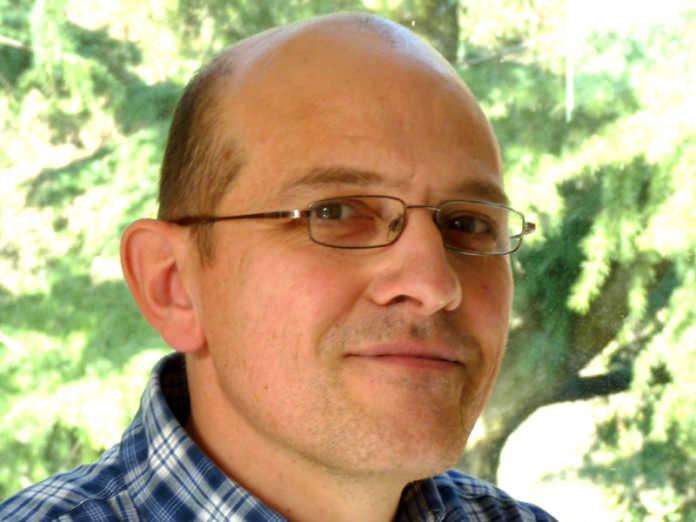 Il presidente rieletto Paolo Brivio