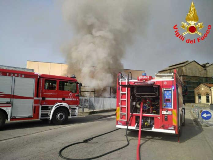 calolzio incendio via de gasperi