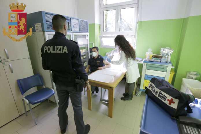 vaccinazioni anti covid polizia questura di lecco