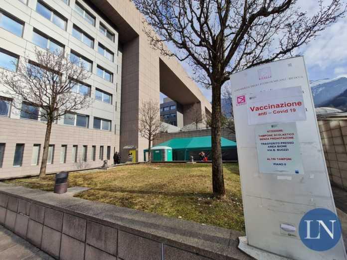 vaccini anti covid ospedale di Lecco
