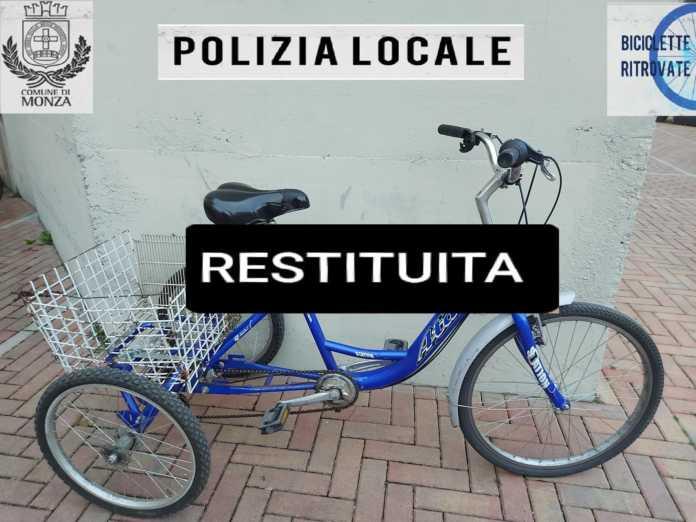 Triciclo monza rubato