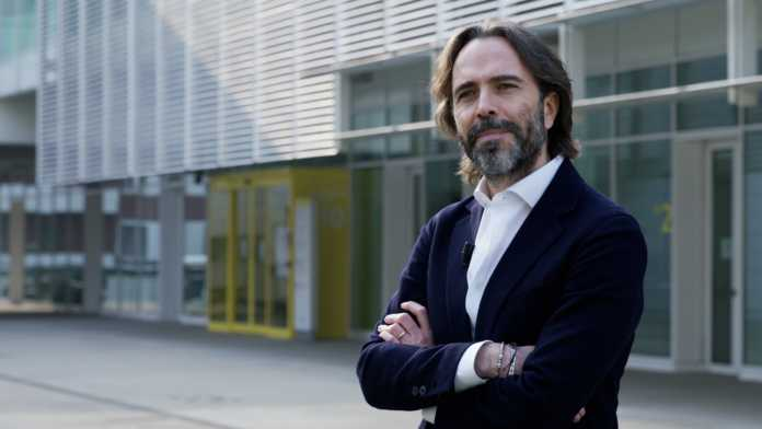 l'amministratore delegato di Acel Energie/Enerxenia, Giovanni Perrone