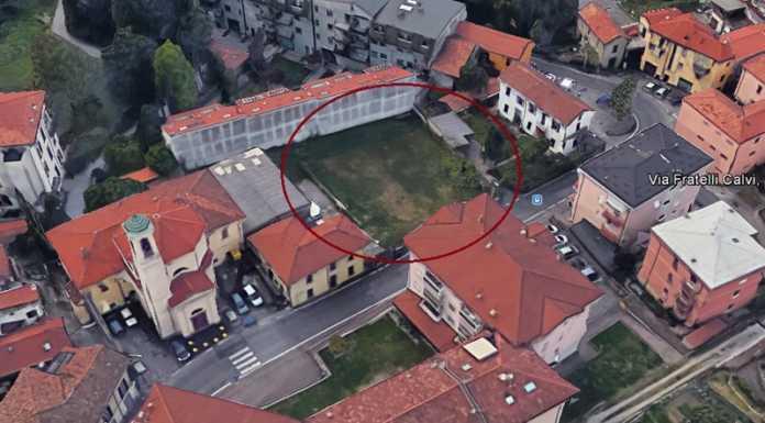 Parcheggio Foppenico chiesa San Michele