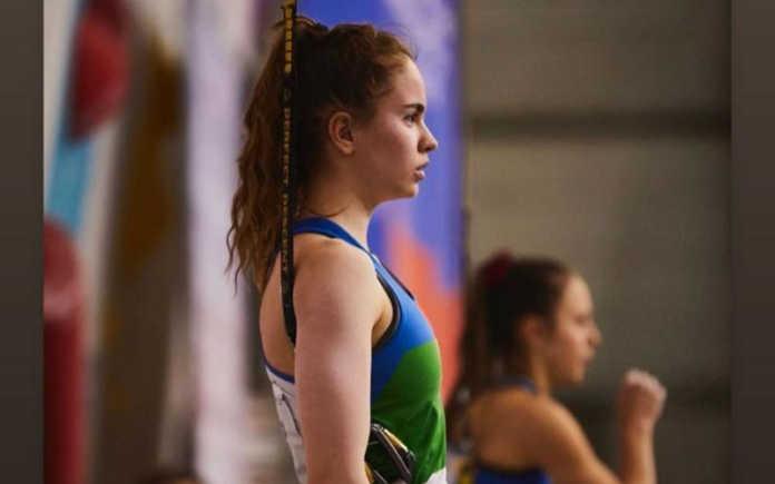 Beatrice Colli sul secondo gradino del podio, in Russia, ai campionati europei Under 18 Speed