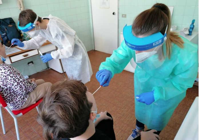 Test salivari Covid scuole