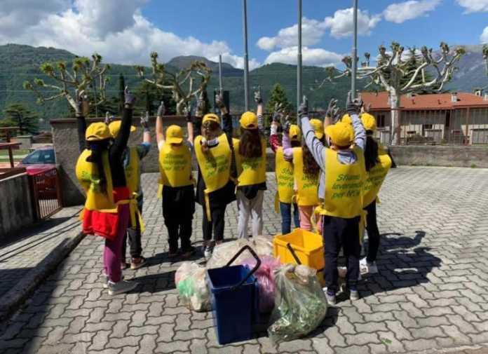 Clean Up the World - Lierna (2) legambiente volontari
