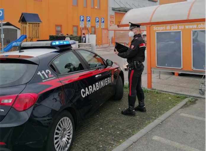 Controlli carabinieri supermercati