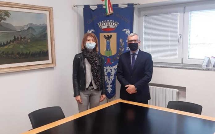 Il sindaco Paola Colombo e il Prefetto Castrese De Rosa