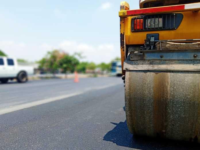 asfalto asfaltature lavori pixabay