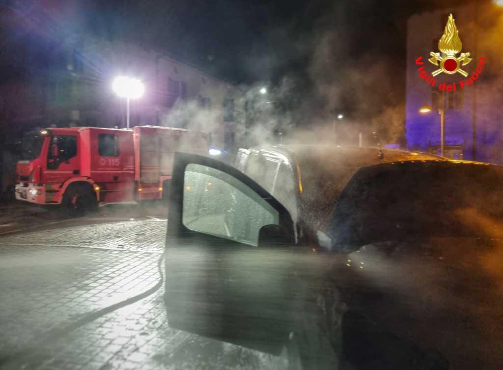 furgone fiamme