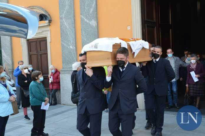 funerale padre roberto donghi