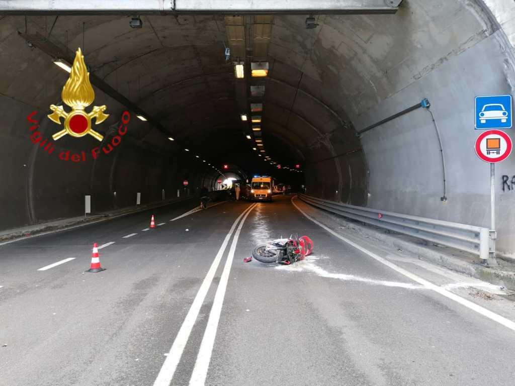 Incidente mortale dongo moto