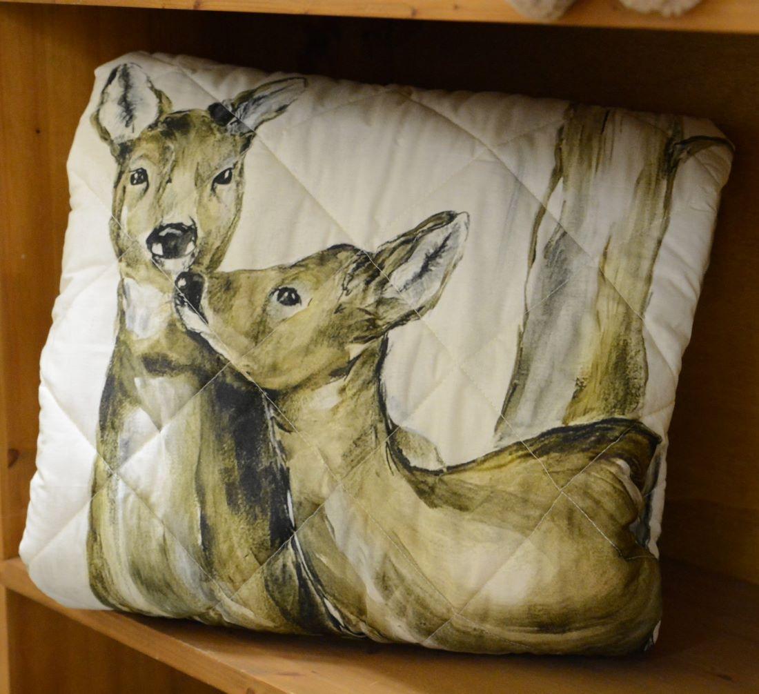 Un cuscino dipinto