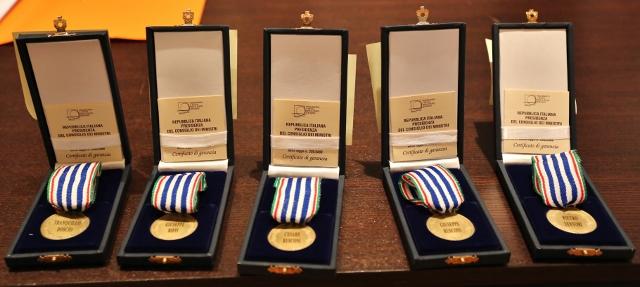 La consegna delle medaglie d'onore a Valmadrera