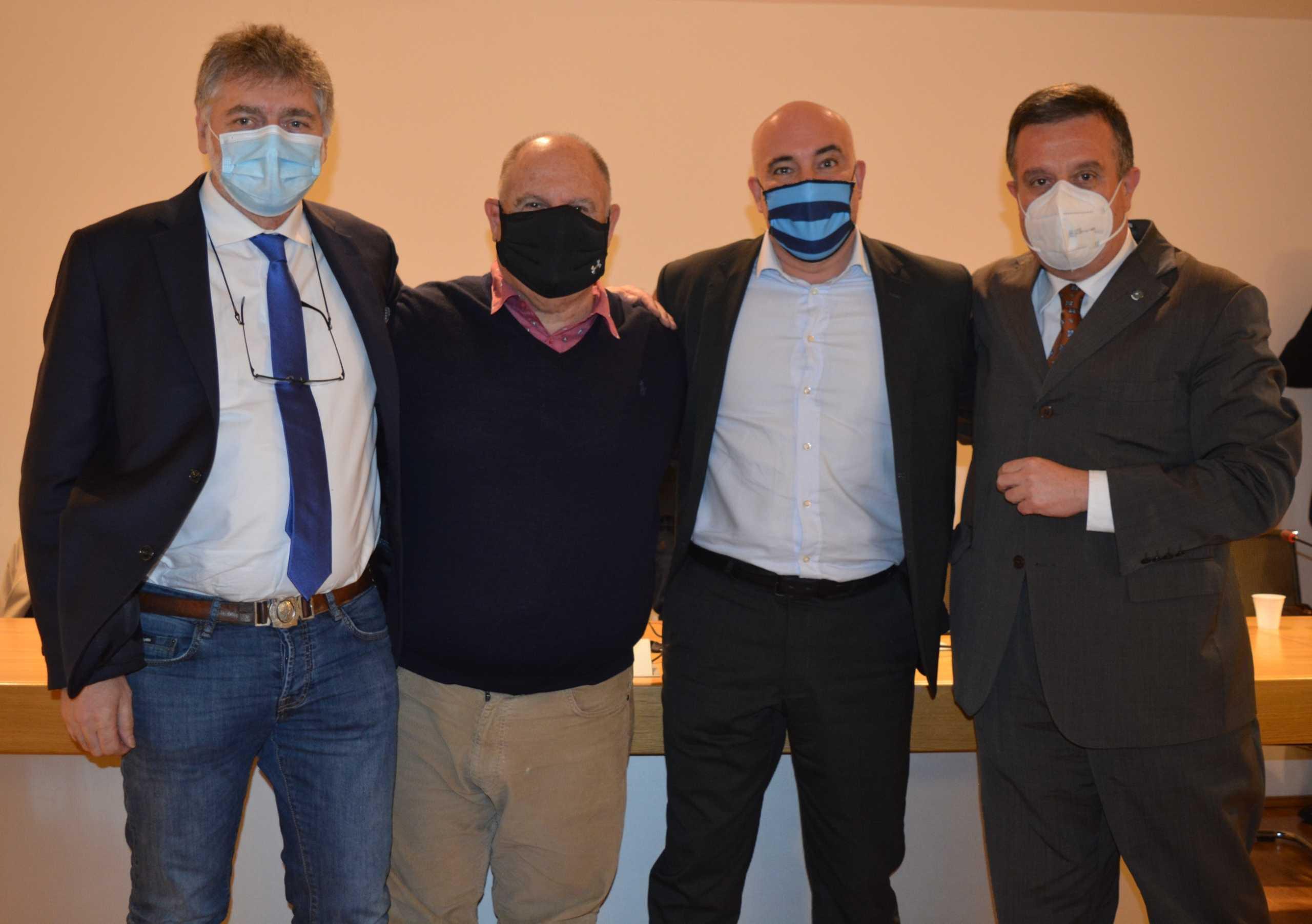 Il presidente Peccati con i tre vicepresidenti