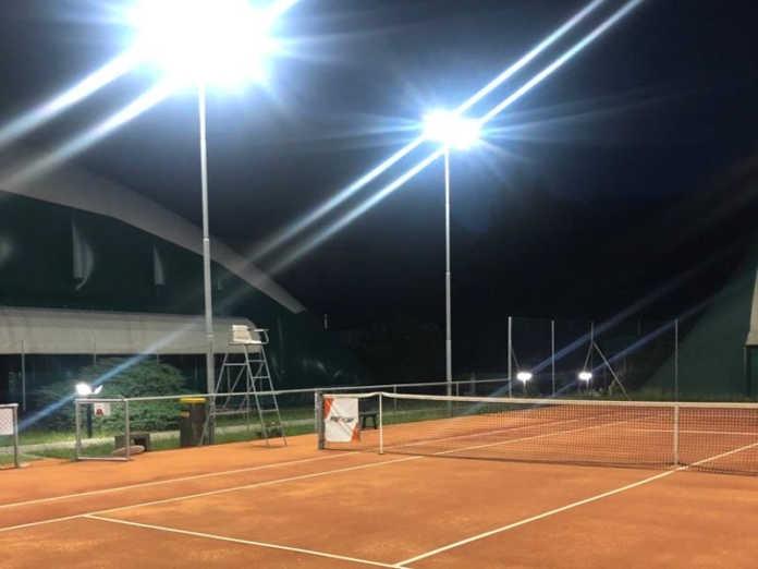Campi da tennis valmadrera illuminazione led