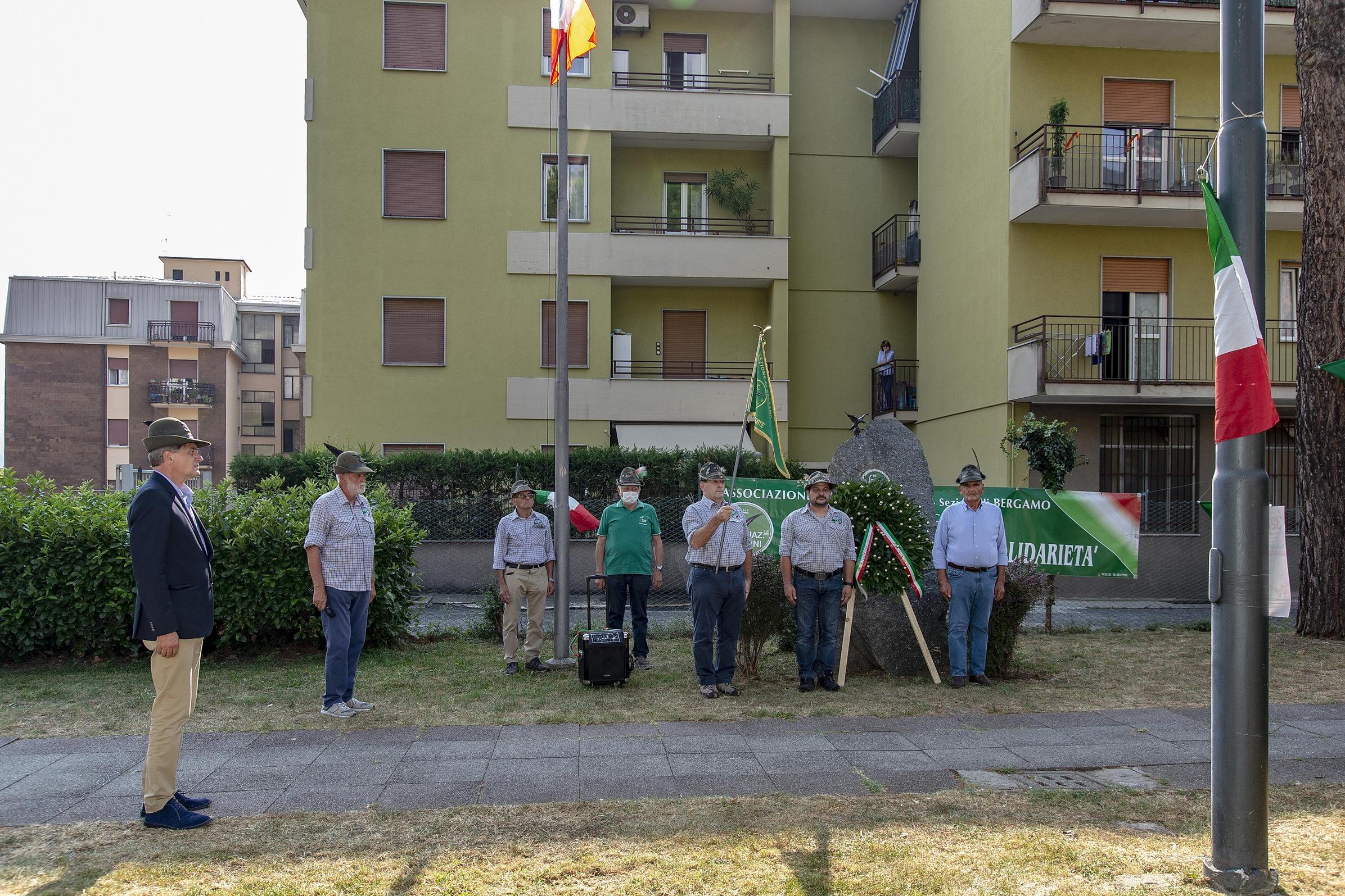 Alpini Calolziocorte taragnata centenario
