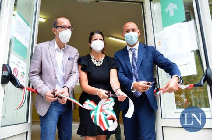 Il dirigente Vittorio Ruberto, l'assessore Maria Sacchi e il sindaco Mauro Gattinoni